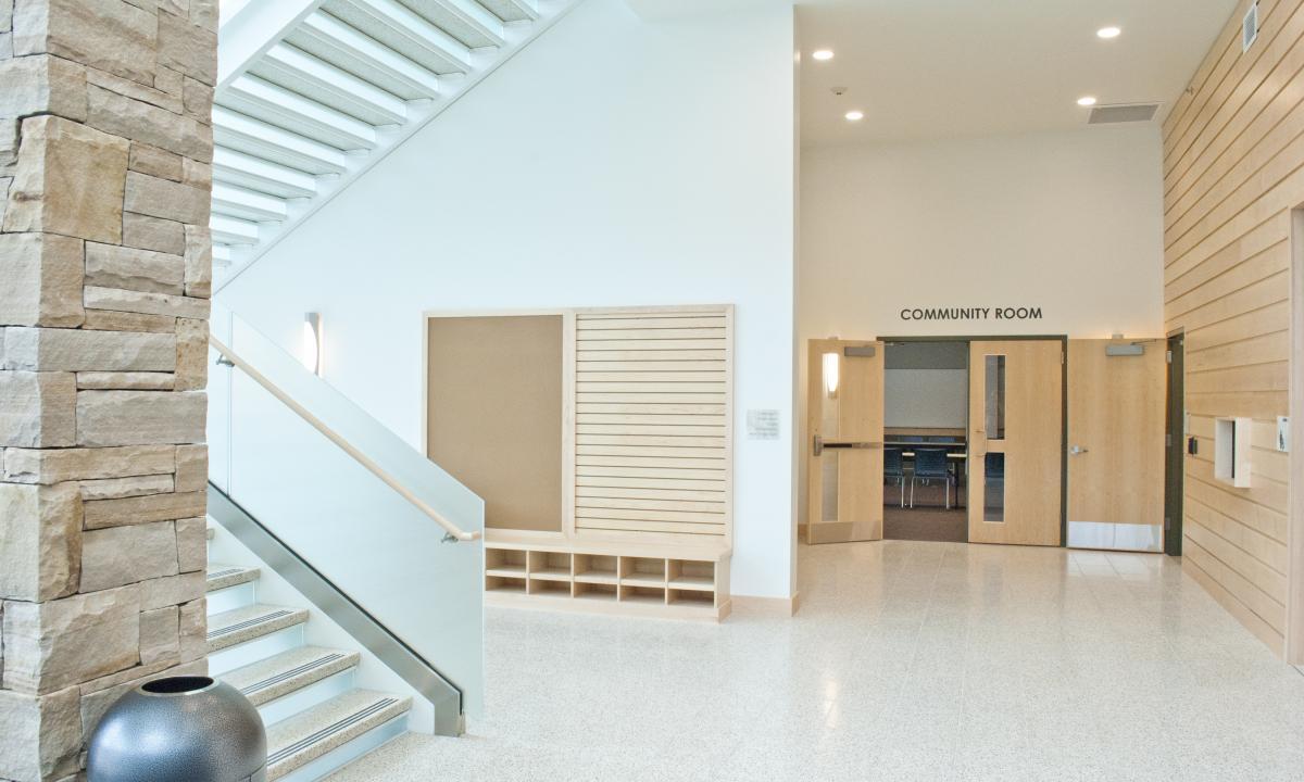Glenwood Springs Lobby